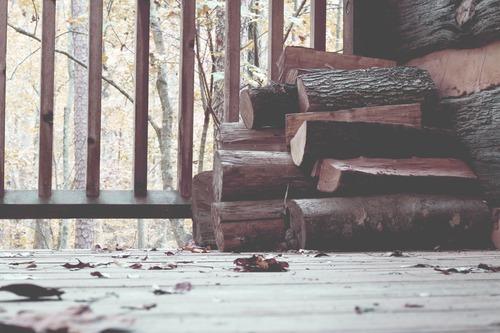 comment accelerer le sechage du bois de chauffage - achat de bois de chauffage en ligne : Combustibles Gruchy