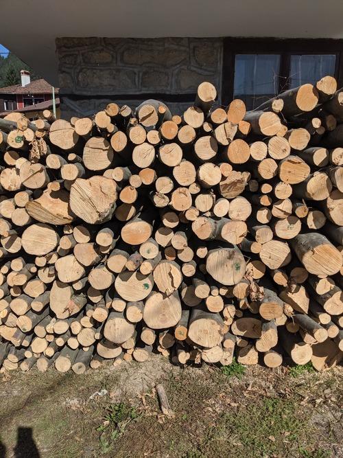 Bois de chauffage 78 - Granulés de Bois Yvelines : Combustibles Gruchy - Livraison partout en île de France (77,78,91,92,93,94,95)